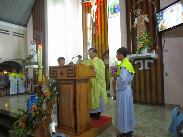 Tam Nhật Thánh tại Giáo xứ Núi Sạn Giáo hạt Nha Trang