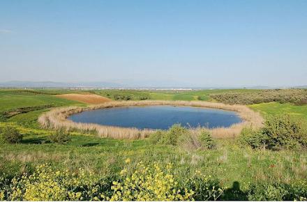 Βόλος : Οι άγνωστες λίμνες Ζερέλια που δημιουργήθηκαν από την σύγκρουση μετεωριτών με την Γη