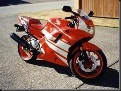 1992_cbr600f2_red_Honda
