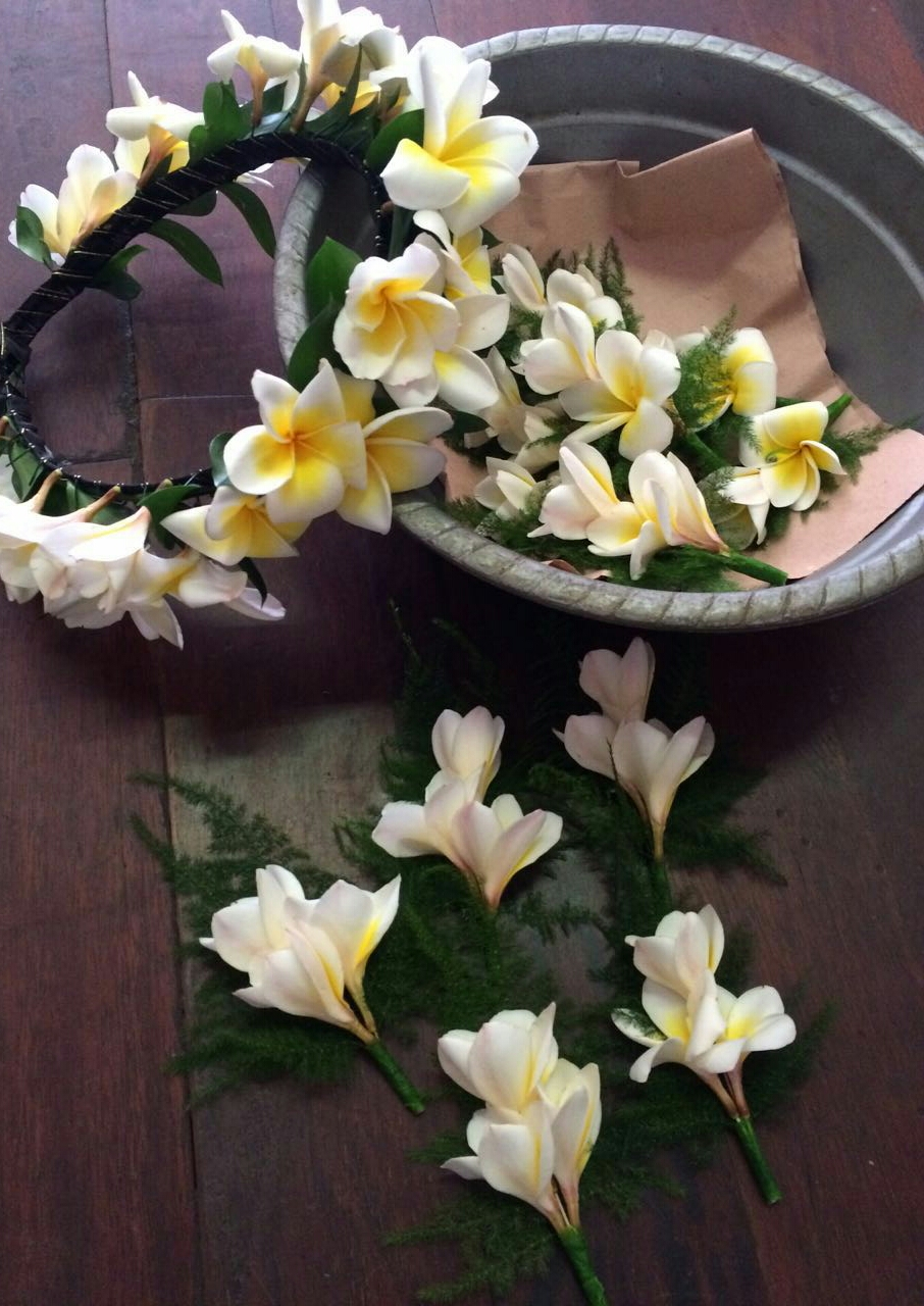 Rosa flowers bali frangipani wedding crown frangipani wedding crown izmirmasajfo