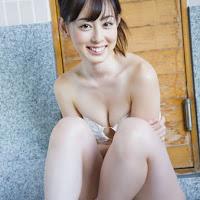 [BOMB.tv] 2009.05 Rina Akiyama 秋山莉奈 ar009.jpg