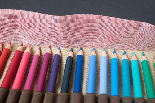 Derwent Canvas Pencil Wrap, 30 Pencil Capacity