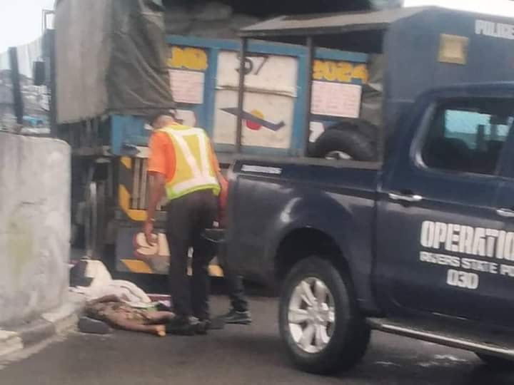 """""""I want to see their killer"""" - Woman demands justice as she gives birth to baby girl days after her two children were killed by truck driver in Port Harcourt"""