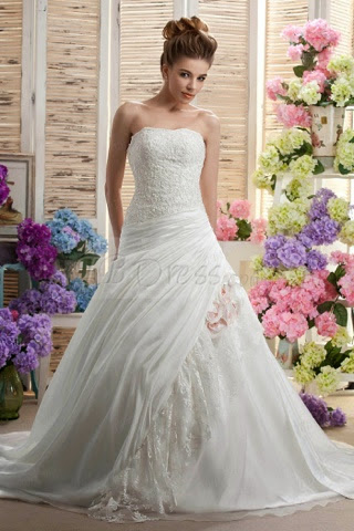 http://www.tbdress.com/product/Gorgeous-Strapless-A-Line-Sleeveless-Beading-Applique-Chapel-Darias-Wedding-Dress-2028623.html