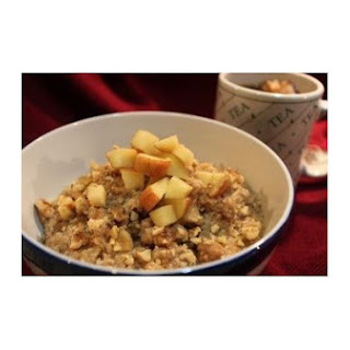 Apple Cinnamon and Walnut Oatmeal Bake