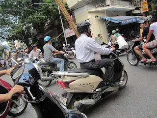 0025Pedicab_Ride_in_Hanoi