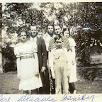 The Hershell Gleaves Family - minus Ruby who passed away from appendicitis about 1933 when she was only 21. She is buried in the Olds-Sullivan cemetery by the lake.