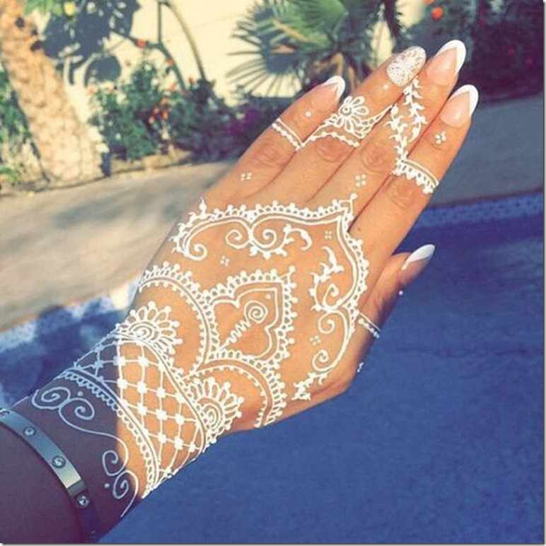 back hand mehandi art