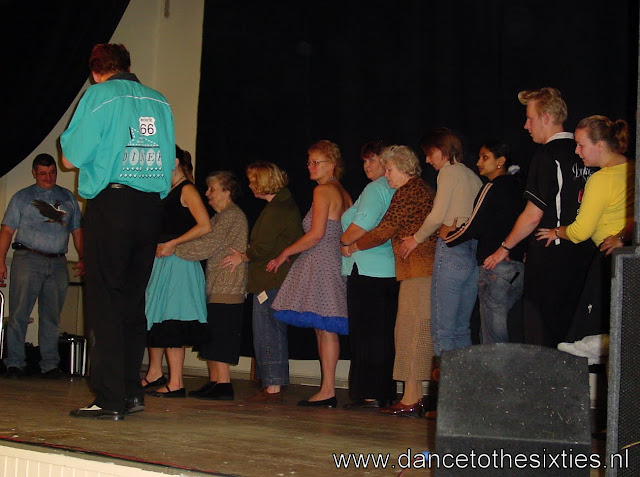 2005-10-29 Showteam Leiden optocht 103.jpg