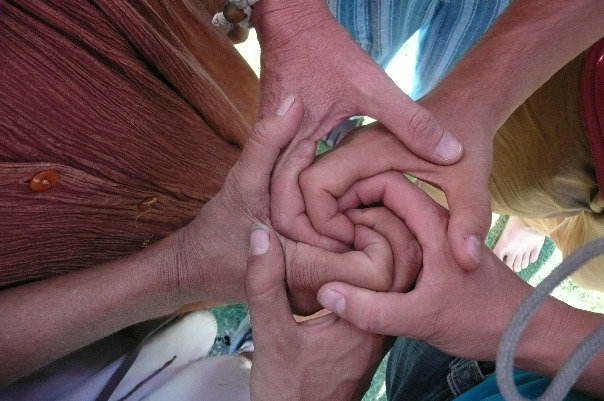 HuManDalas - spiralhandshake.jpg