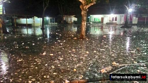 Gelombang Tinggi Akibatkan Banjir Rob, Situasi Terakhir Palabuhanratu Malam Ini