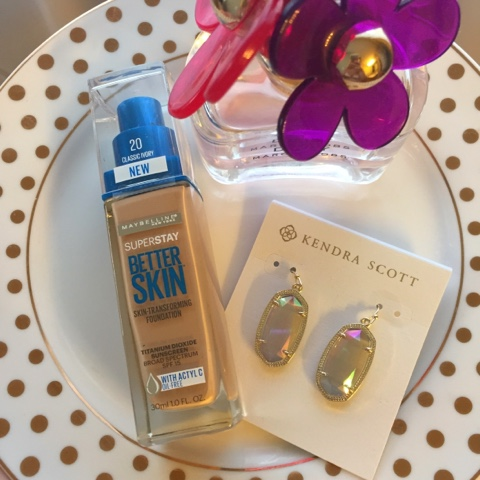 maybelline, superstay foundation, beauty product