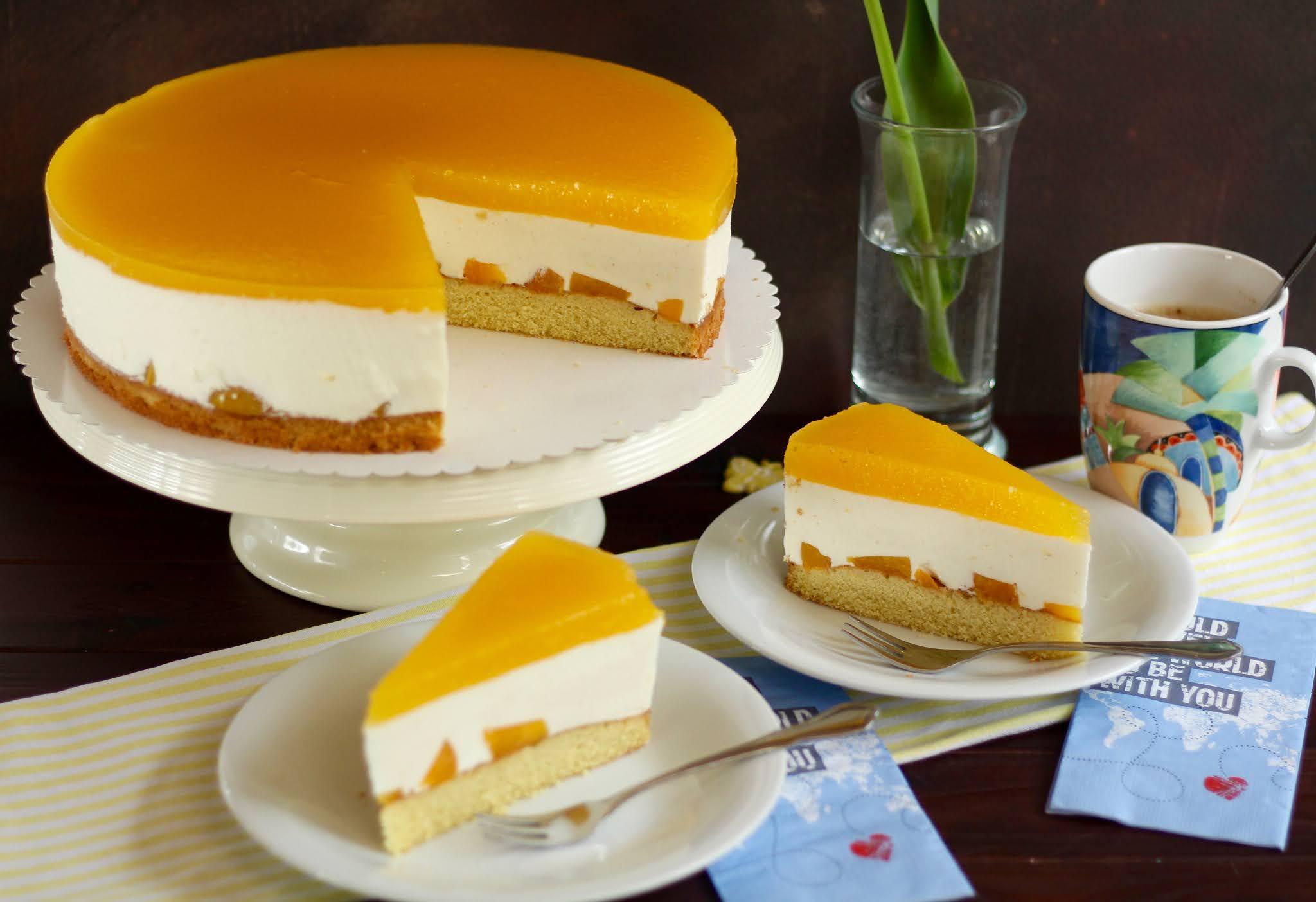 Traumhaft fruchtige, frische Pfirsich-Joghurt-Sahnetorte: Rezept und Video von Sugarprincess