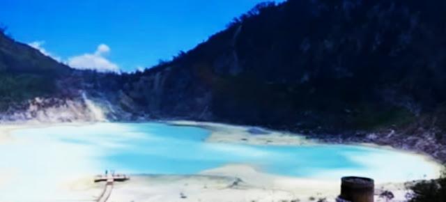 Danau belerang kawah putih