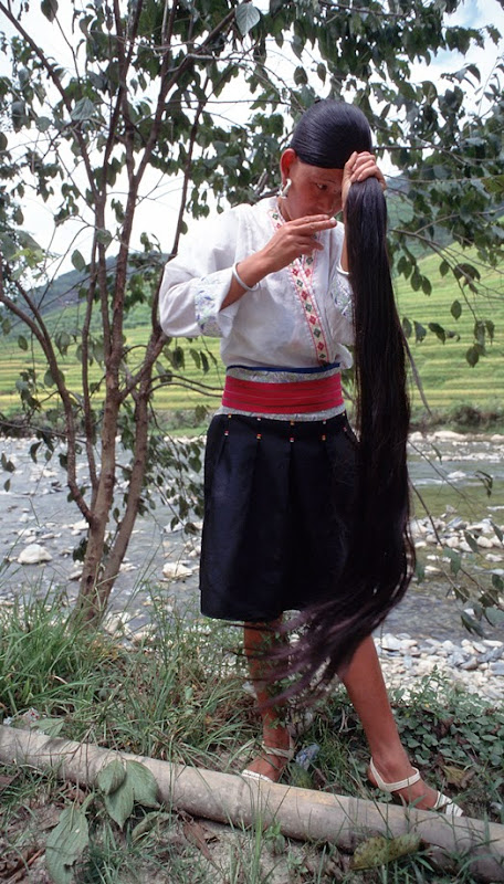 7. Young woman of Yao. Longsheng