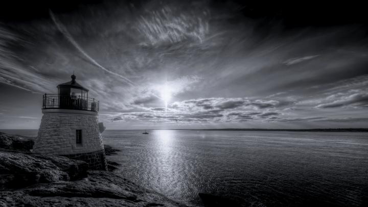Black and White Lighthouse wallpaper