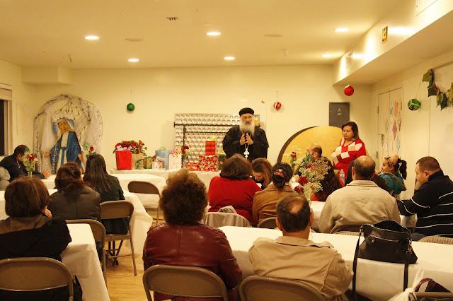 Servants Christmas Gift Exchange - _MG_0708.JPG