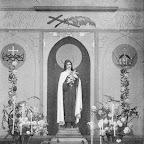 1933  St Theresia kapel in RK kerk_BEW.jpg