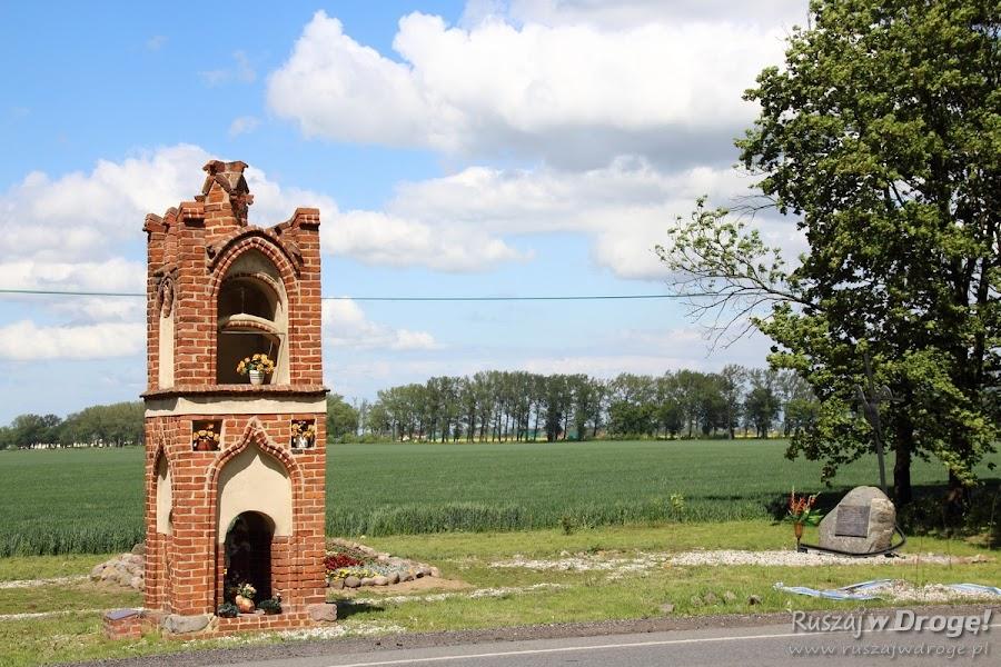 Średniowieczna kapliczka w Gnojewie