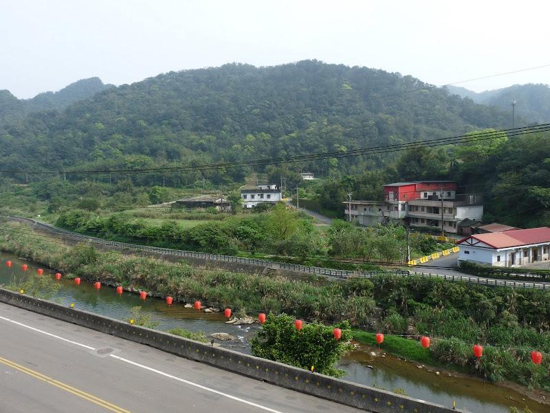 TAIWAN .SHIH FEN, 1 disons 1.30 h de Taipei en train - P1150991.JPG