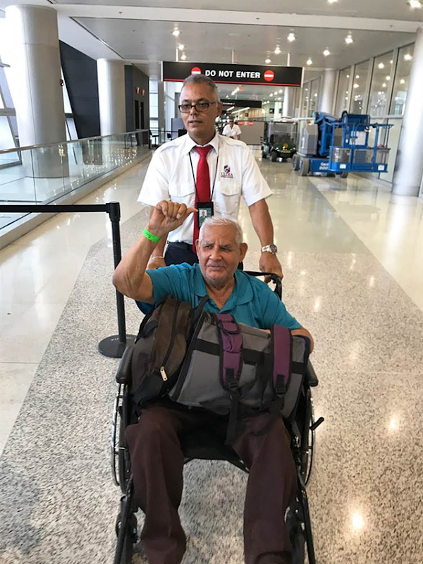 A dialysis patient with diabetes is evacuated from Puerto Rico to Miami International Airport. Photo: Fundacion Stefano