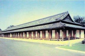旧江戸城:板戸を開けた百人番所