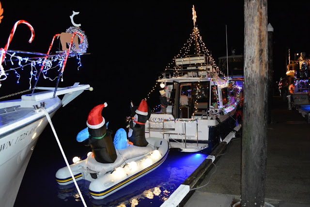 2016 Christmas Boat Parade - 2016%2BChristmas%2BBoat%2BParade%2B2.JPG