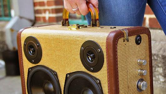speaker dari koper