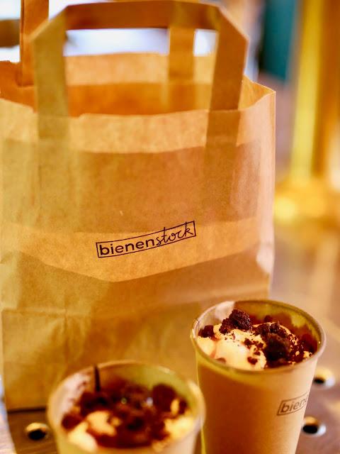 Kuchen to go Bienenstock Café Weimar