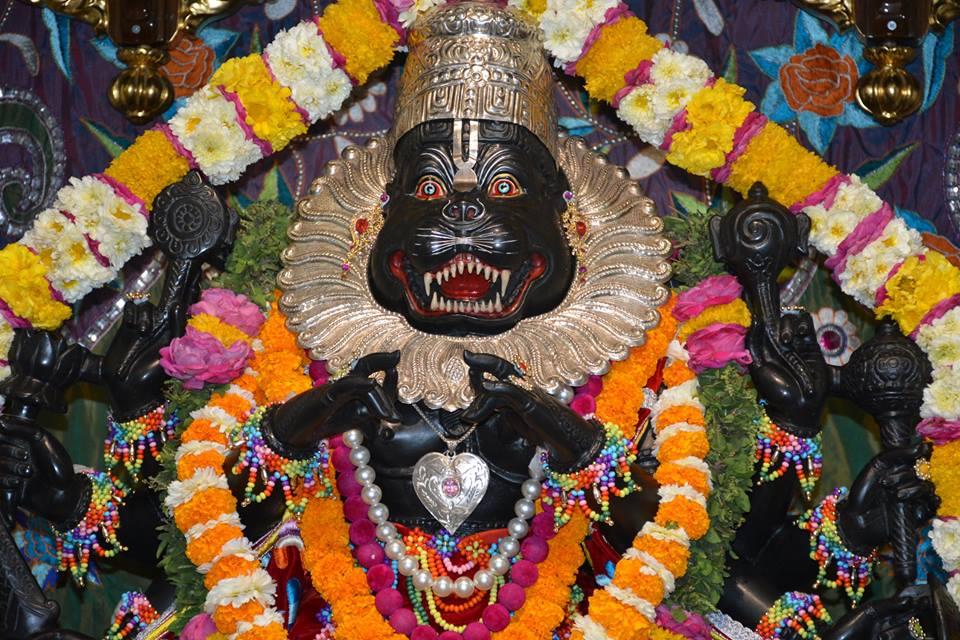 ISKCON Ujjain Deity Darshan 04 April 2016  (13)