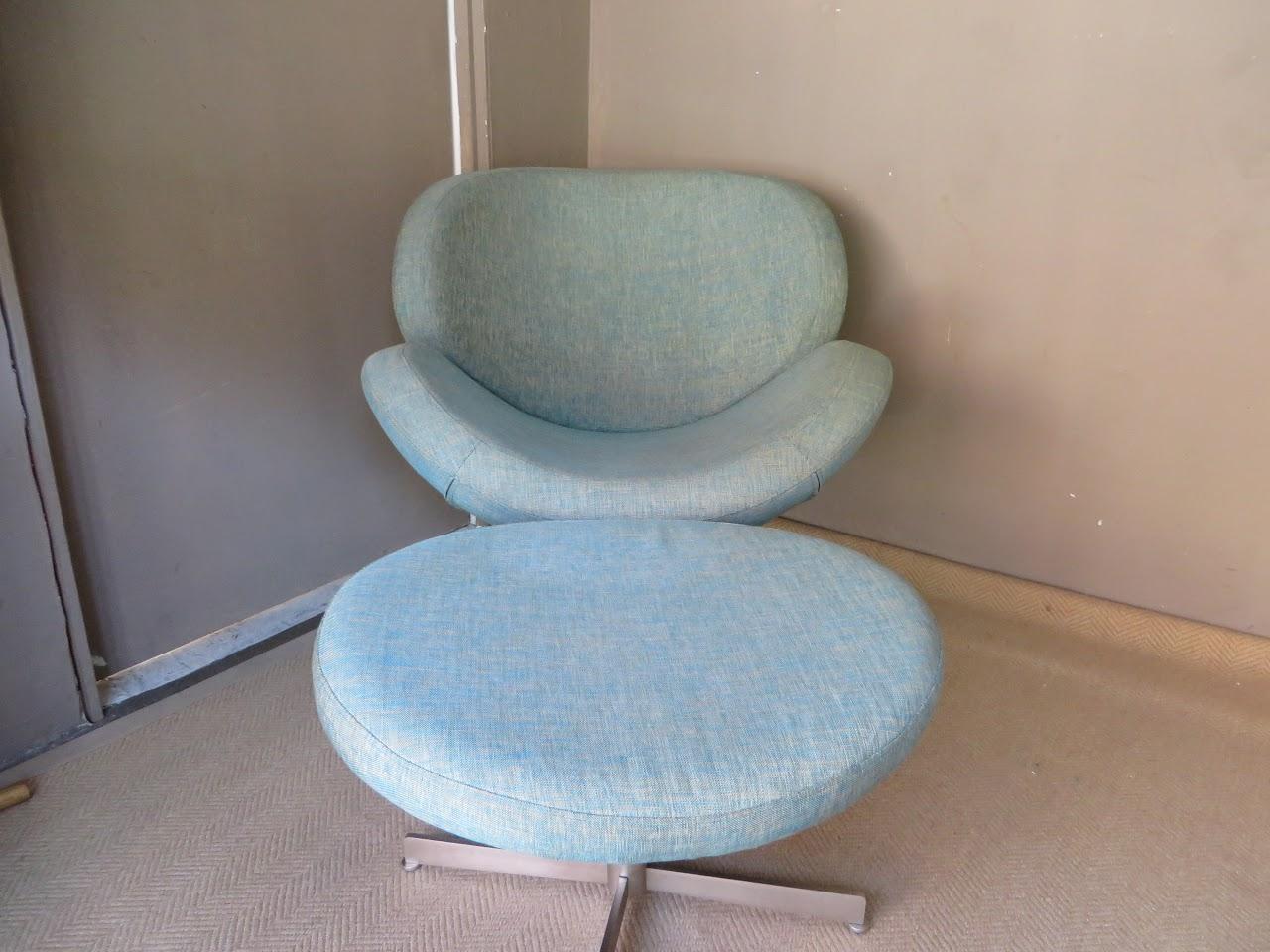 Bo Concept Schelly Chair + Ottoman