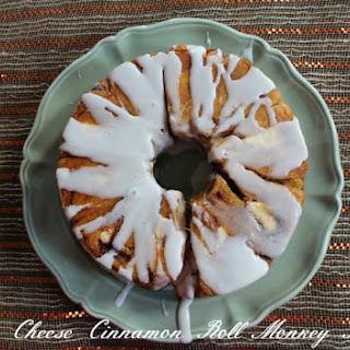 Cream Cheese Cinnamon Roll Monkey Bread