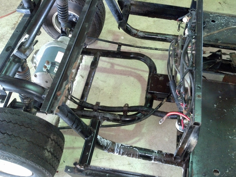 Look at this lowered cart - Yamaha Project G Golf Cart Frame on g11 golf cart, g22 golf cart, 1994 yamaha golf cart, h2 golf cart, general lee golf cart, 1995 yamaha golf cart, h1 golf cart, 1996 yamaha golf cart, g8 golf cart, g17 golf cart, f10 golf cart, g5 golf cart, g19 golf cart, g14 golf cart, notre dame golf cart, g6 golf cart, club car ds golf cart, three seat yamaha golf cart, 1983 yamaha golf cart,