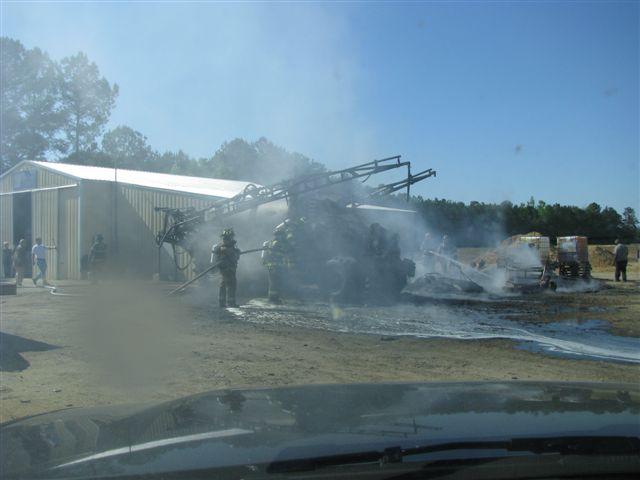 Floyd Farm Service Fire 008.jpg