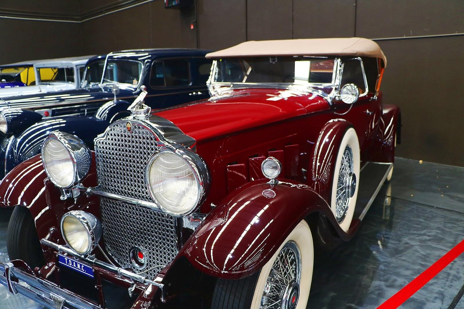 1930 Packard 740 (06).jpg