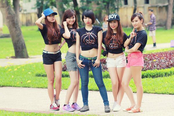 Thí sinh Miss Bóng Rổ khoe sắc tại công viên 12