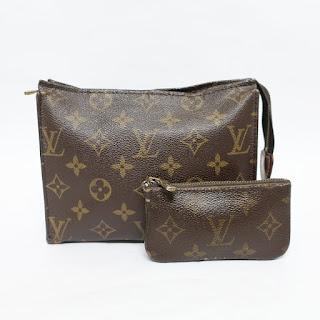 Louis Vuitton Vintage Pouch Pair