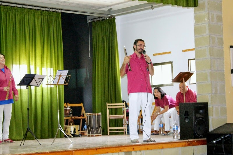 Audició Escola de Gralles i Tabals dels Castellers de Lleida a Alfés  22-06-14 - IMG_2366.JPG