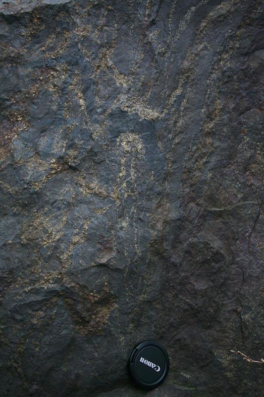 Kallioperägeologian kenttäkurssi, kevät 2012 - Kallioper%25C3%25A4kenttis%2B079.JPG