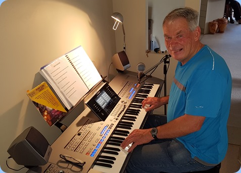 Denis Stewart enjoying playing the Tyros 5.