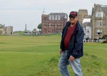 17050795 May 22 Terry stepping up onto 18th T @ St Andrews