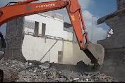 Sedang Ada Pemancangan, 30 Bangunan Liar Kutamekar di Robohkan