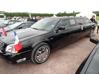 2017.07.01-077 Cadillac limousine aux enchères