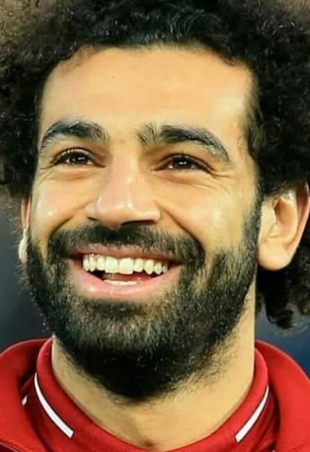 محمد صلاح يفوز بجائزة لاعب الشهر في ليفربول الانجليزي