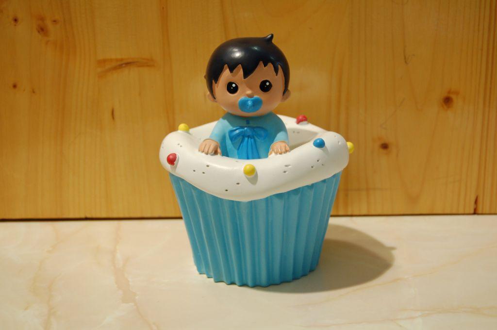 figurine-cupcake-bapteme-garçon.jpg