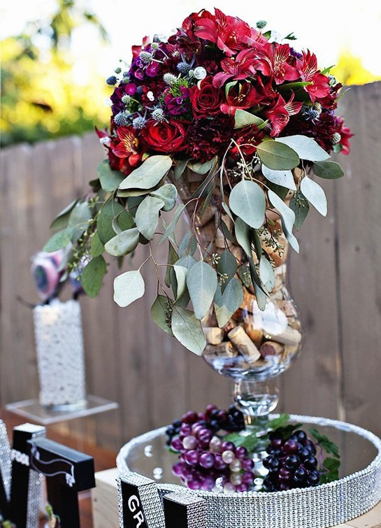 12_beautiful-wine-party-centerpiece-corks-flowers