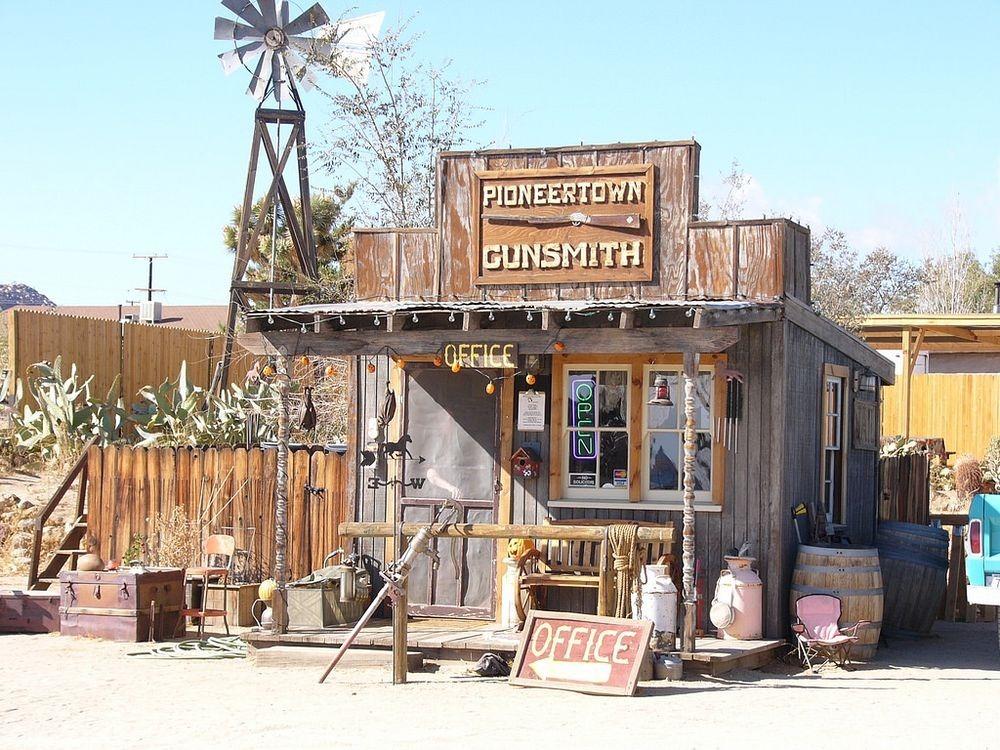 pioneertown-1