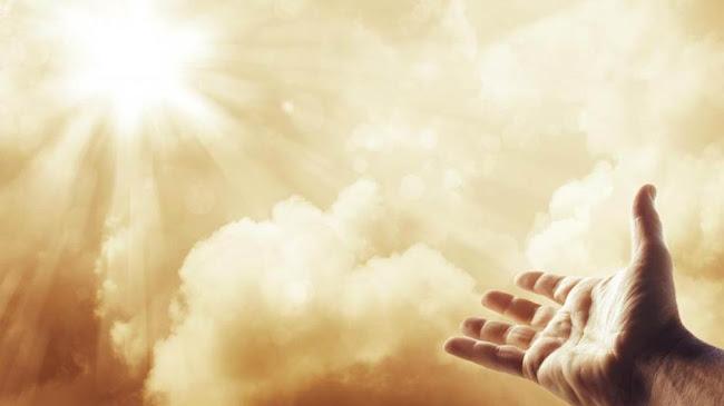 Thiên Chúa tạo dựng con người