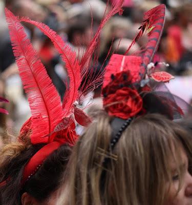 Red fascinators at Royal Ascot