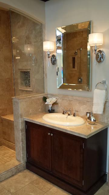 Bathrooms - 20140204_091949.jpg